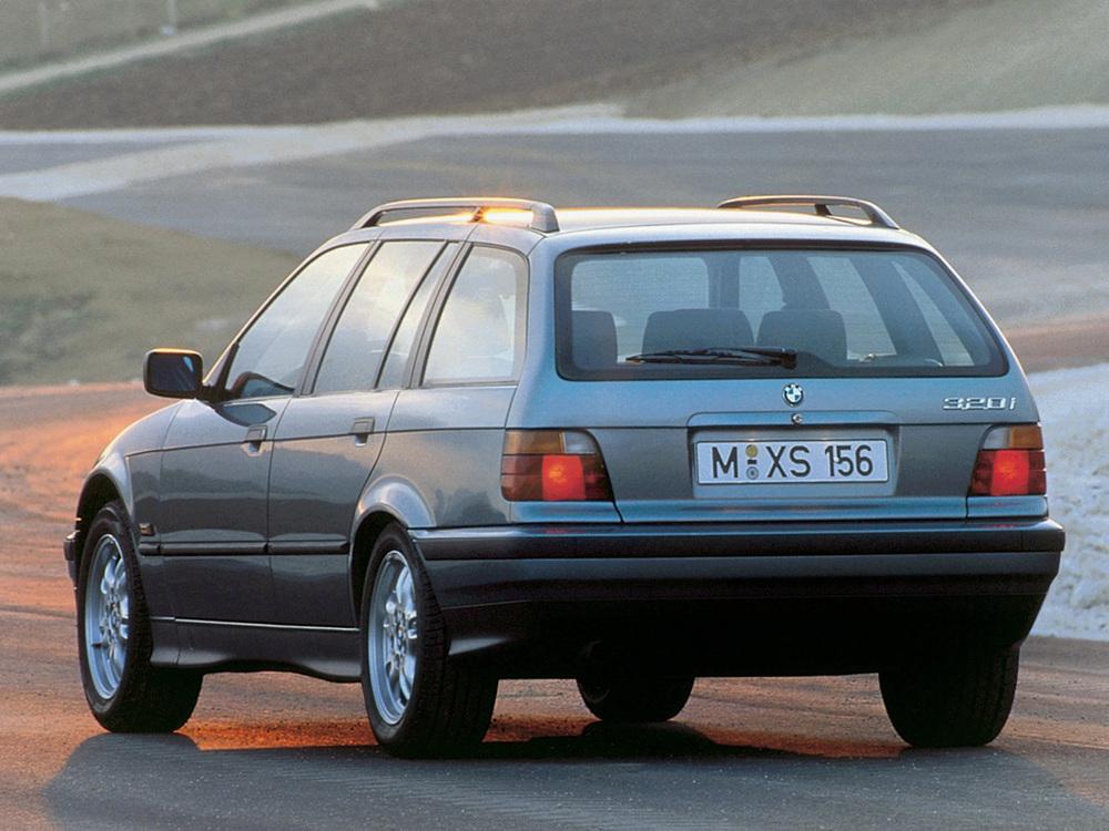BMW 318i 1.8 touring (E36) photo