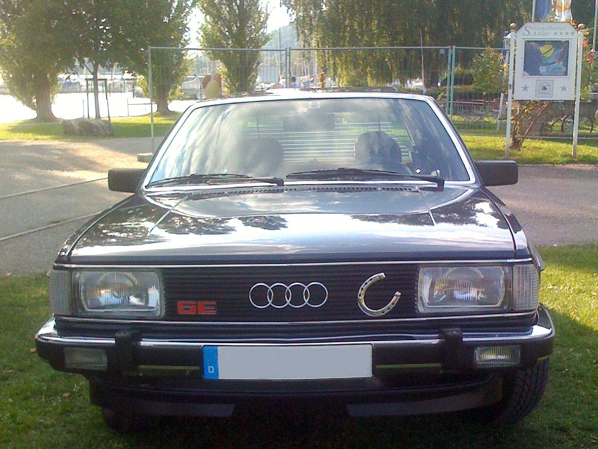 Audi 100 e