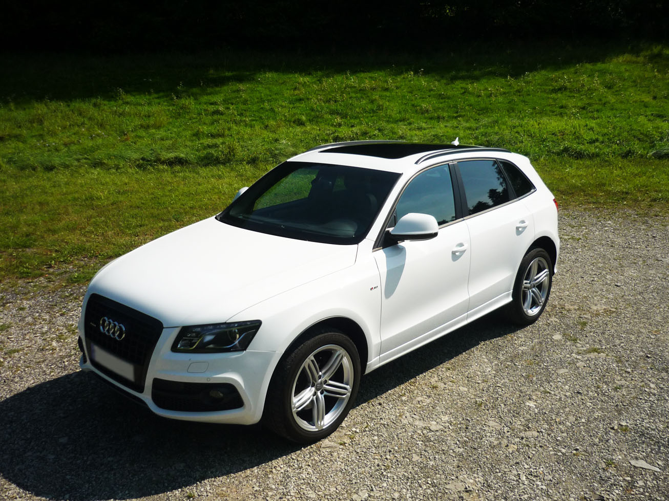 audi q5 3 0 tdi quattro s tronic 1 jpg details of cars on details of. Black Bedroom Furniture Sets. Home Design Ideas