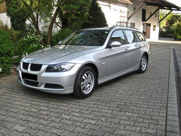 bmw 318d touring e92 pictures photos information of modification video to bmw 318d. Black Bedroom Furniture Sets. Home Design Ideas