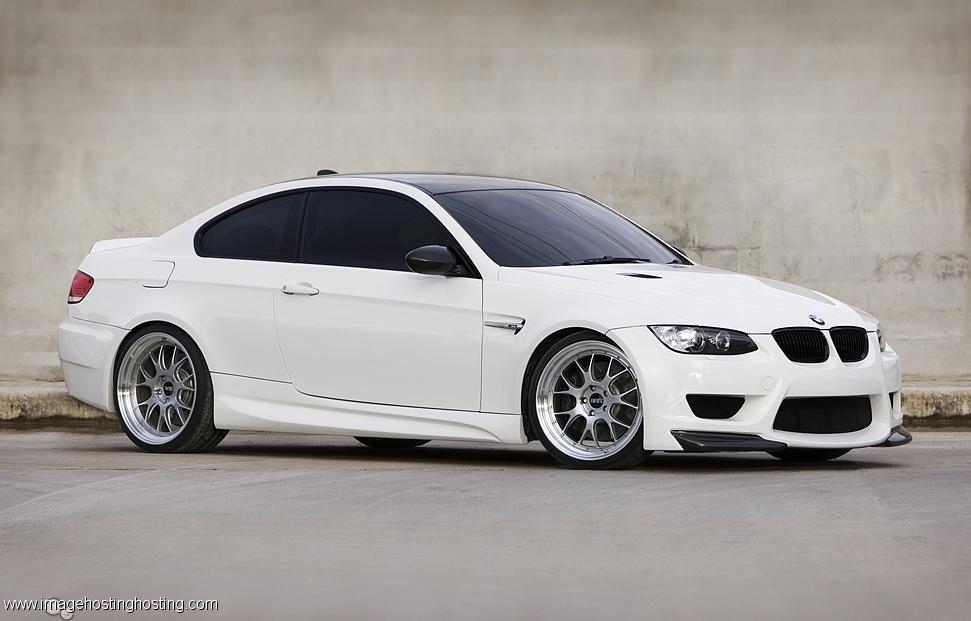 BMW 320i Touring (E92)
