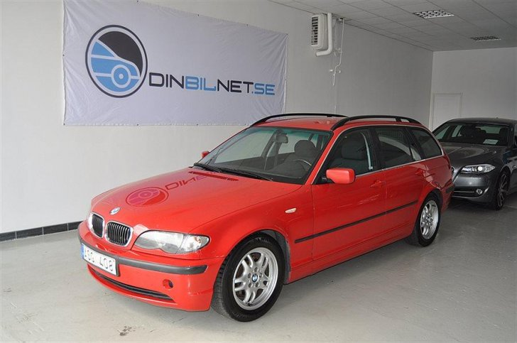 BMW 325iX touring (E46)