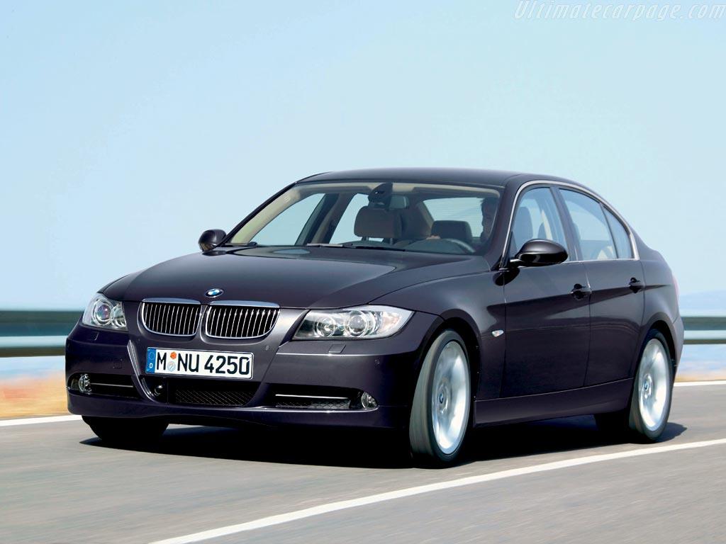 BMW 330I (E90)