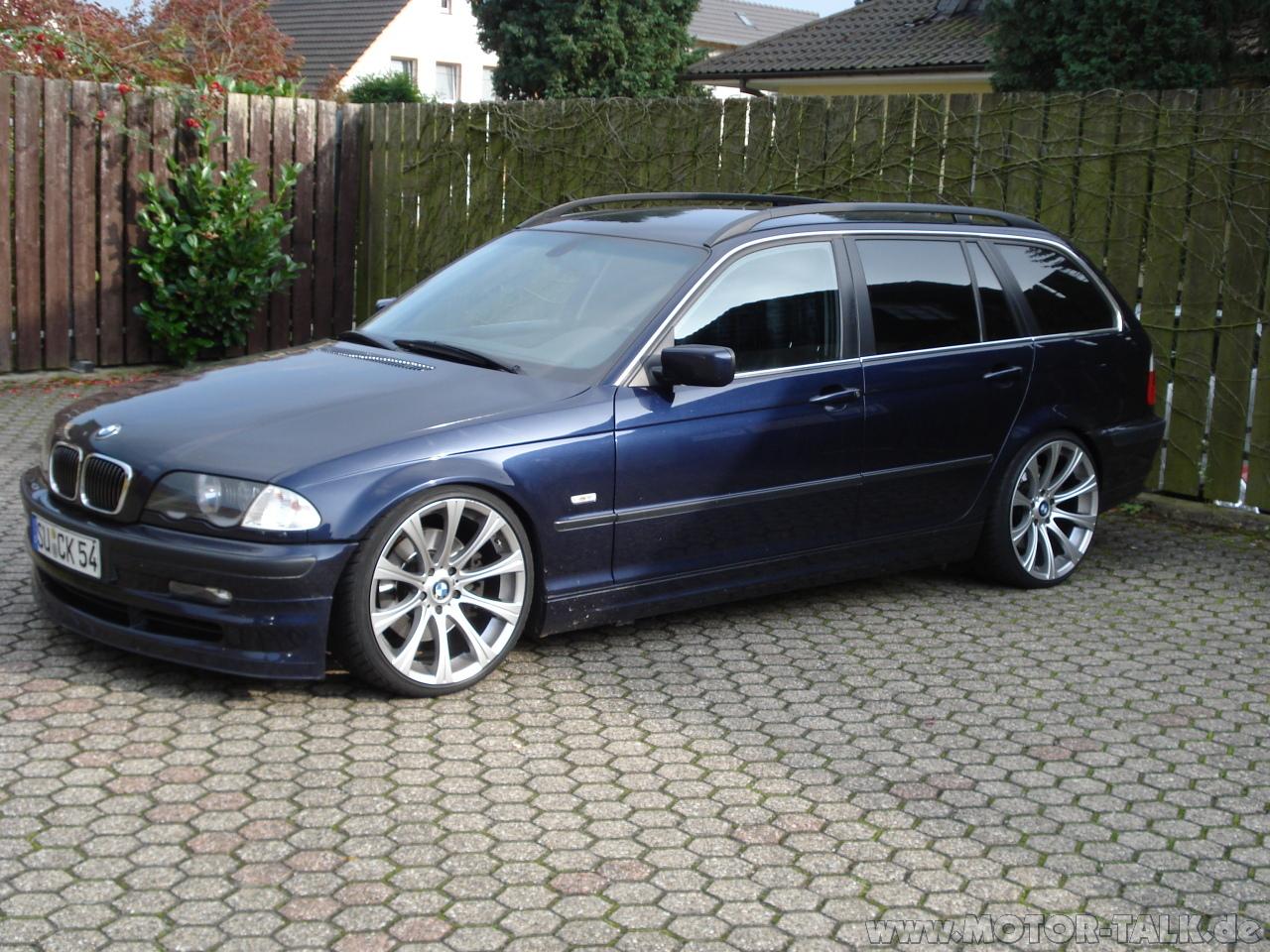 BMW 330d touring (E46)
