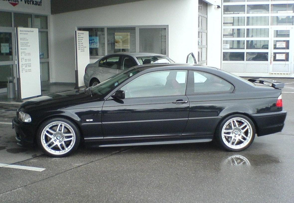 BMW 330dX (E46)