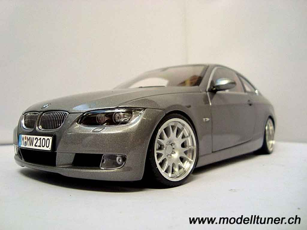 BMW 330i Coupe (E92)