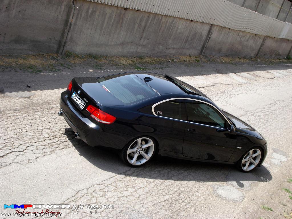 BMW 330i xDrive Sedan (E92)