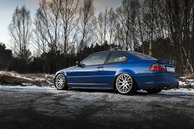 BMW 330iX (E46)