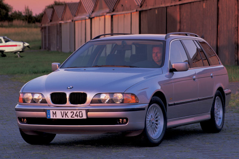 BMW 528i touring (E39)