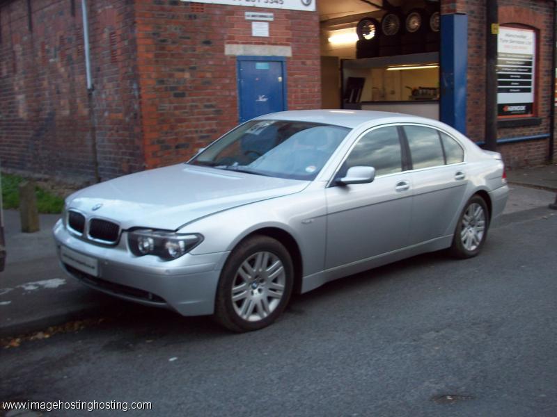 BMW 735i (272hp) (E65)