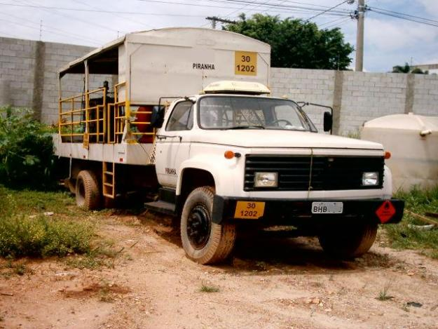 Chevrolet d-12000