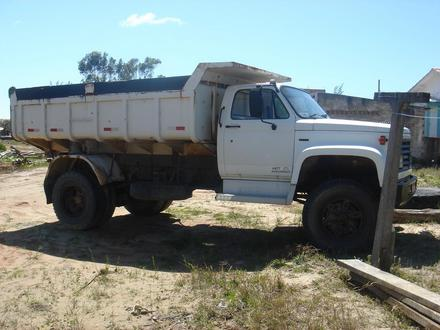 Chevrolet d-14000