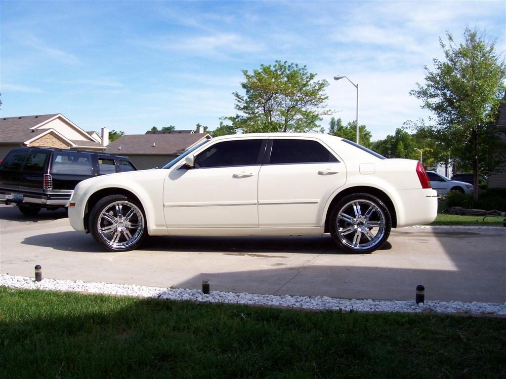 Chrysler 300c awd