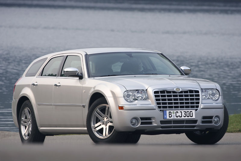 chrysler 300c touring 5 7 hemi pictures photos information of modification video to. Black Bedroom Furniture Sets. Home Design Ideas