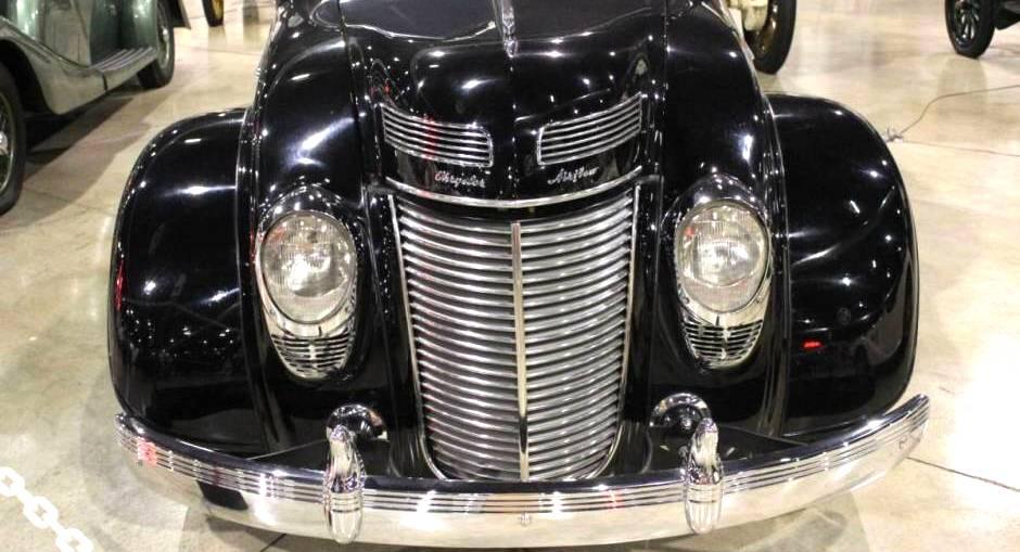 Chrysler 4 door sedan
