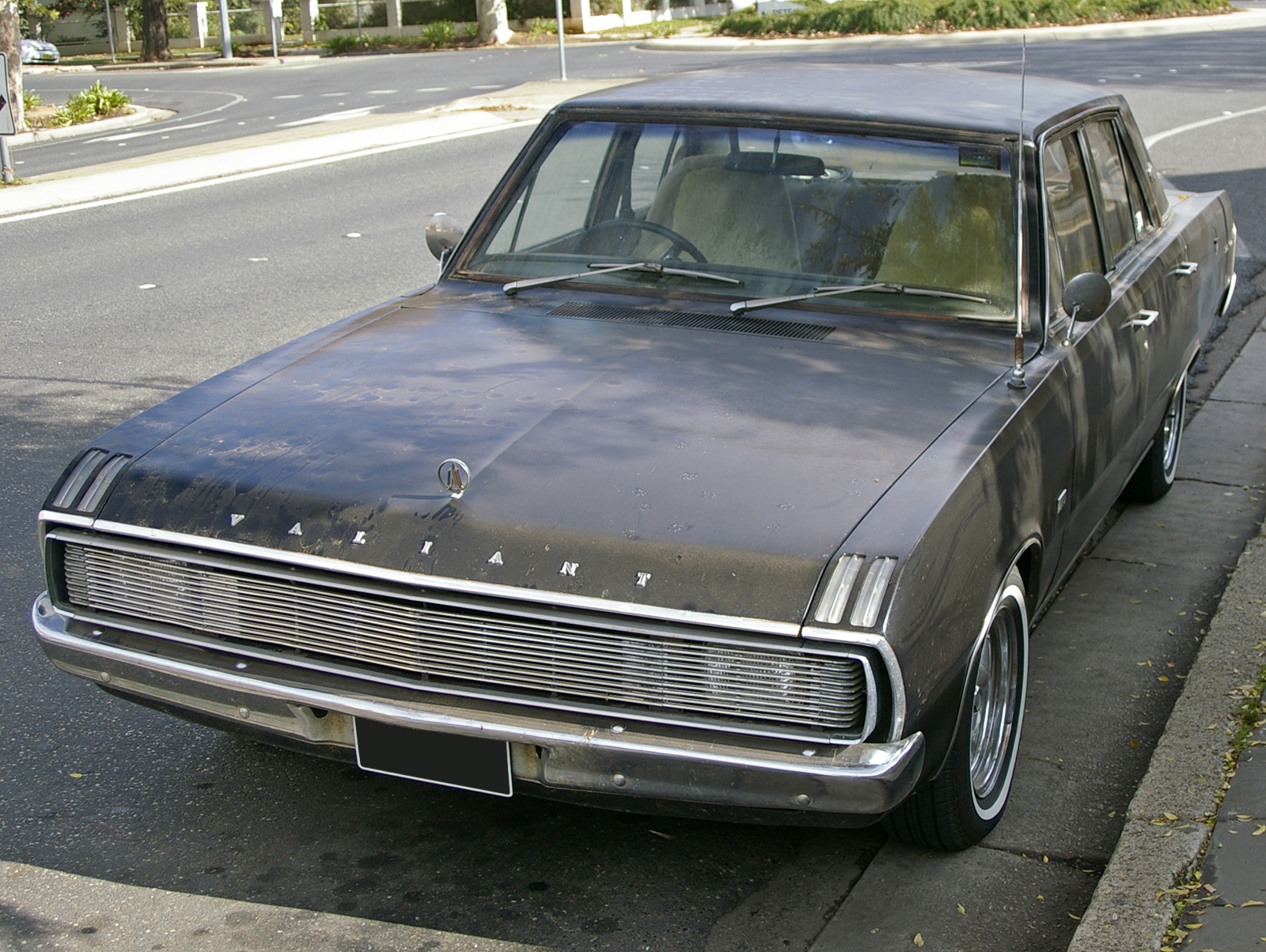 Chrysler valiant signet