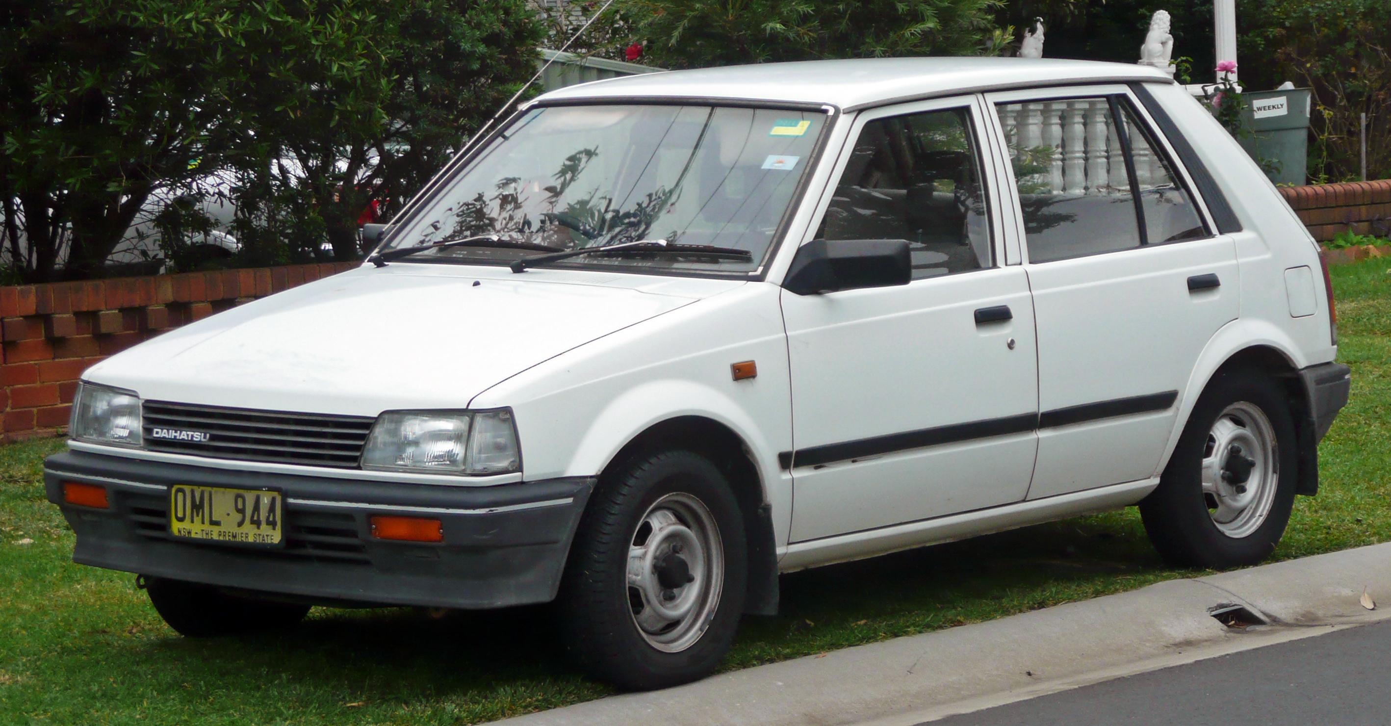 Daihatsu charade cx