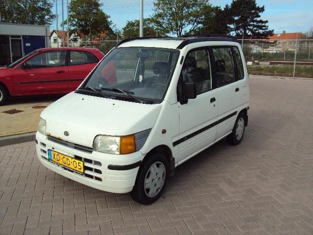 Daihatsu move 1.0