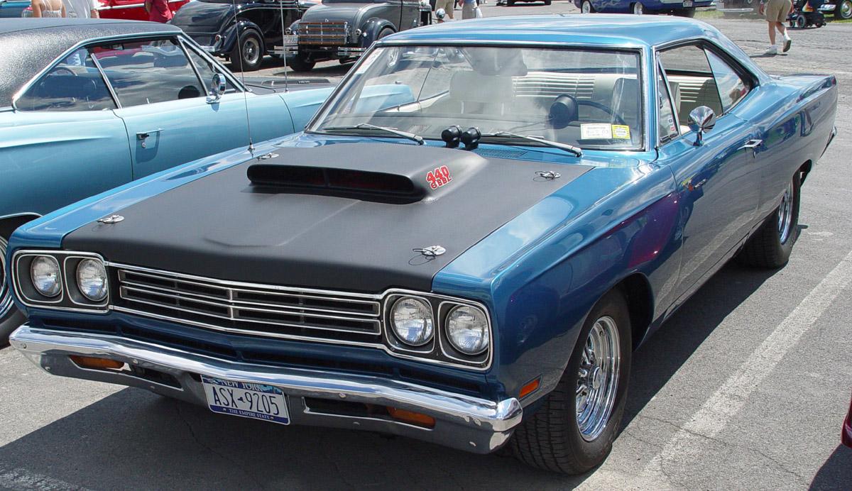 Dodge 440