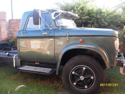 Dodge c800