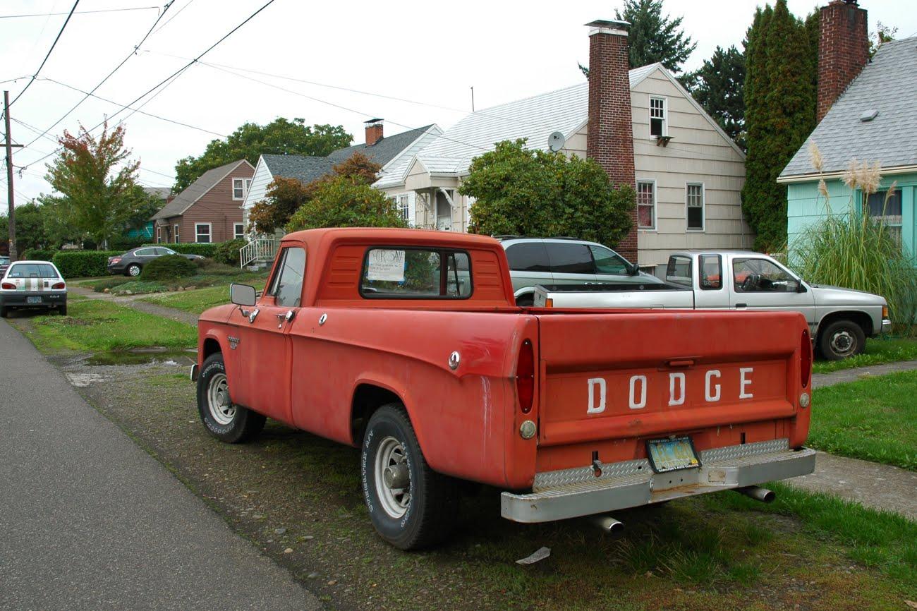 Dodge d-200