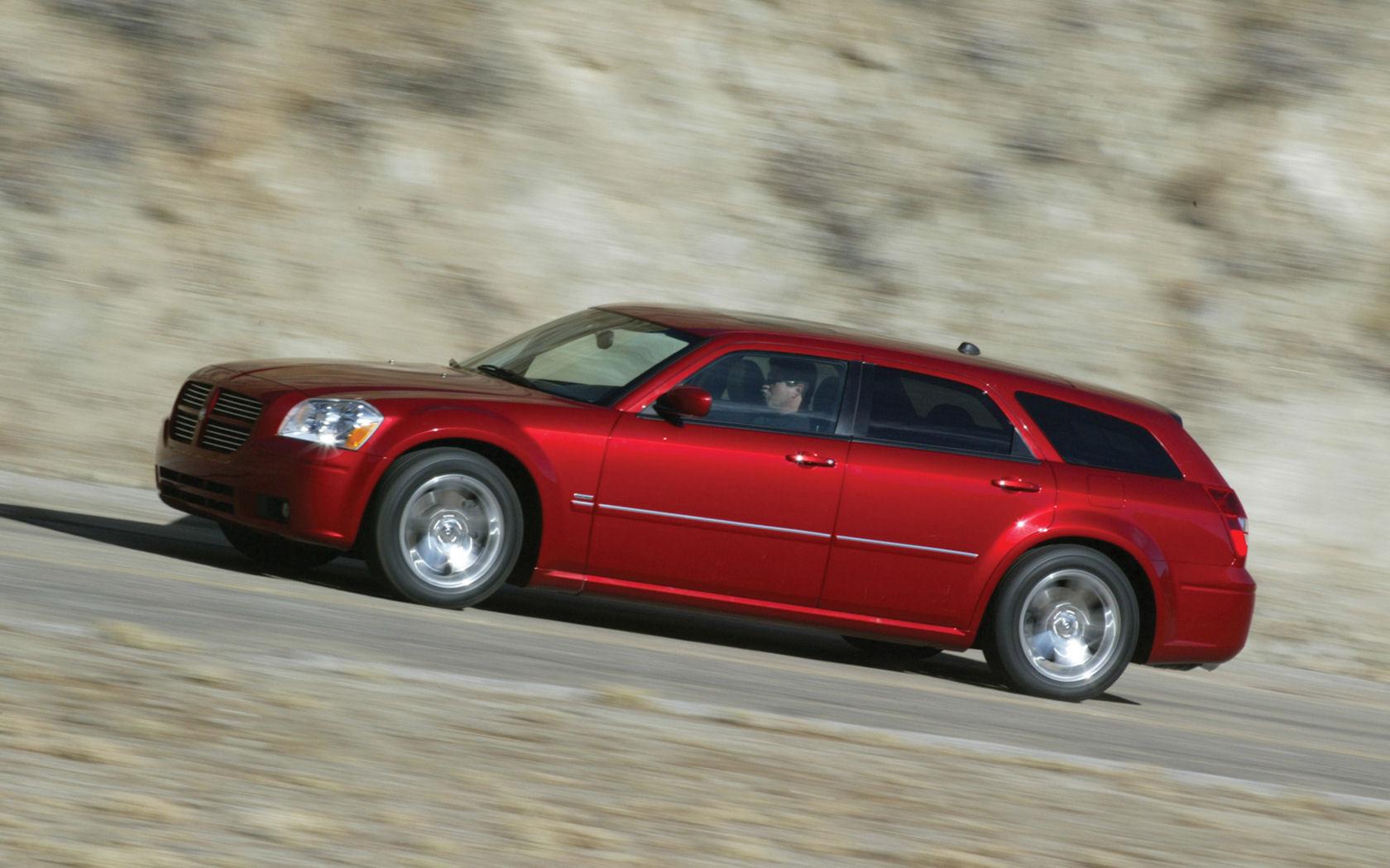 Dodge magnum awd
