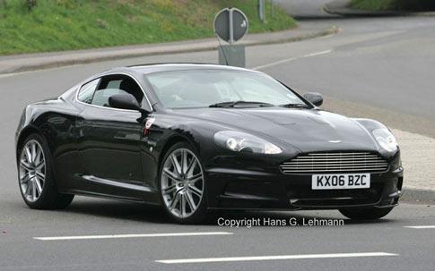 Aston martin dbrs-9