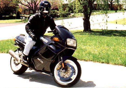 Ducati 907