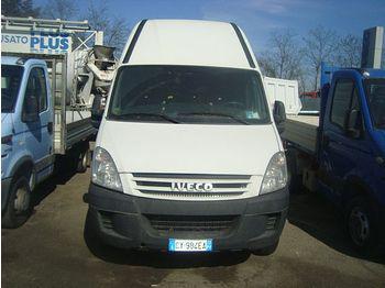 Iveco 35c18