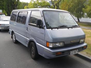 Mazda e-1800