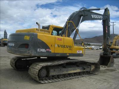 Volvo ec240b