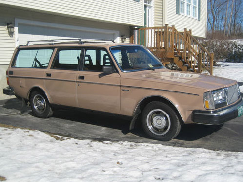 Volvo station-wagon