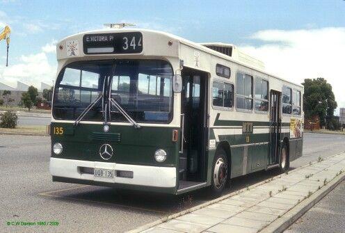 Mercedes-benz 0305
