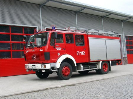 Mercedes-benz 1222