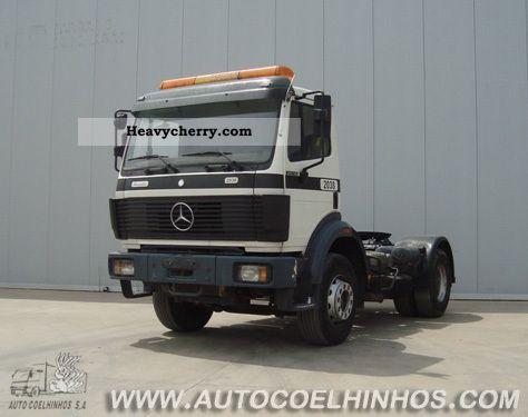 Mercedes-benz 2038
