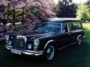 Mercedes-benz bestattungswagen