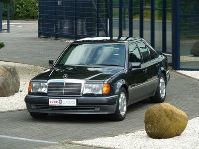 Mercedes-benz porsche