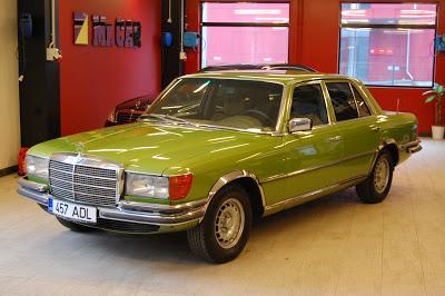 Mercedes-benz w