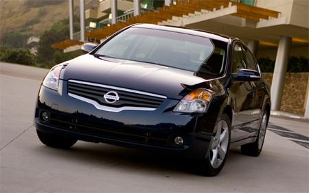 Nissan sedan