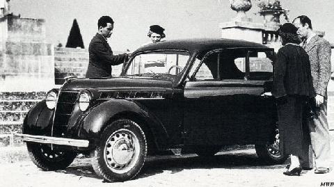Renault novaquatre