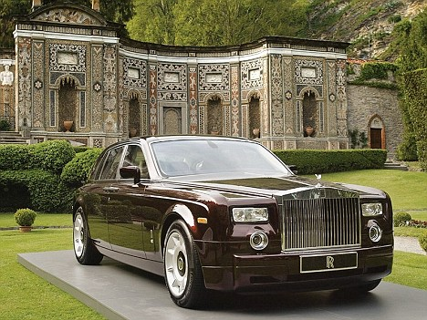 Rolls royce flying