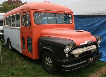 Studebaker bus