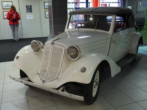 Tatra 607
