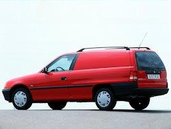 Vauxhall astramax