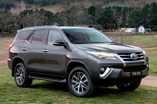 Toyota Fortuner (2016)