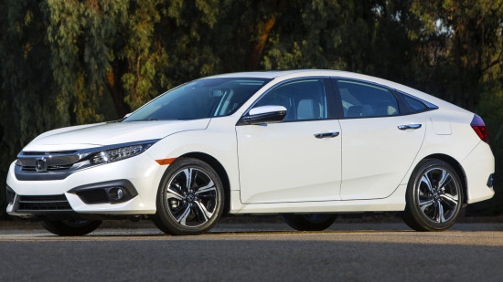 Honda Civic 4D (2016)