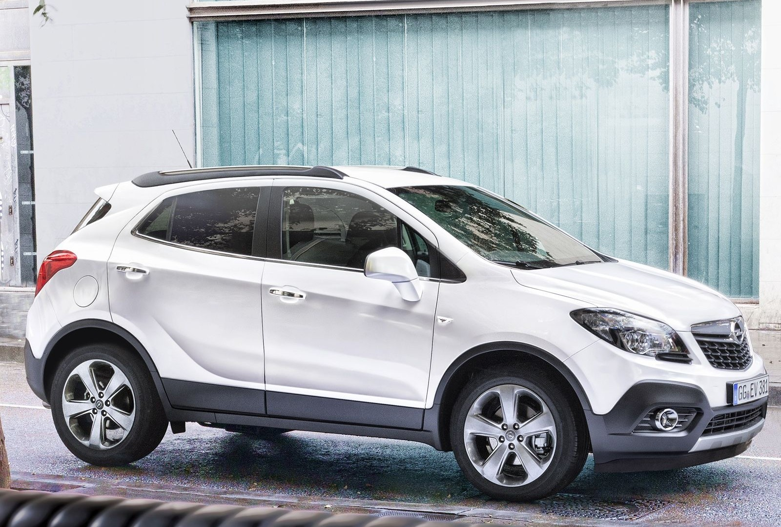 opel mokka x 2016 pictures photos information of. Black Bedroom Furniture Sets. Home Design Ideas