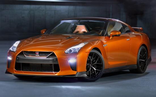 Premium Nissan GT-R (2016)
