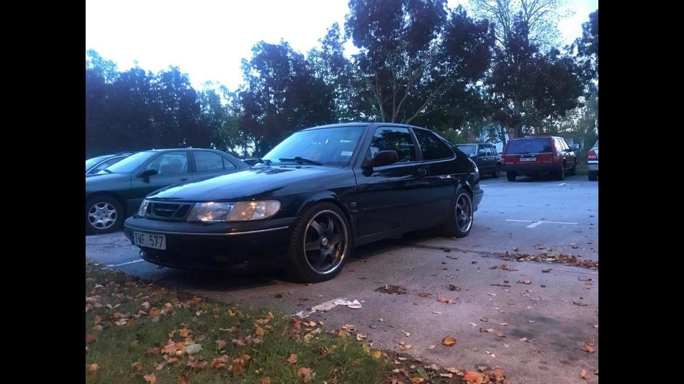 My dads Saab 900r
