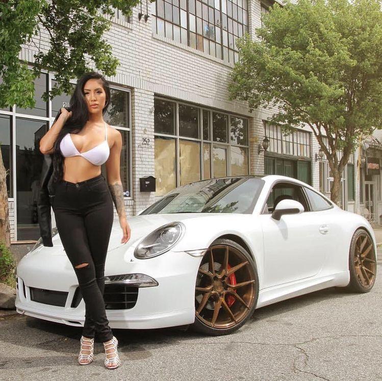 Porsche girl ?